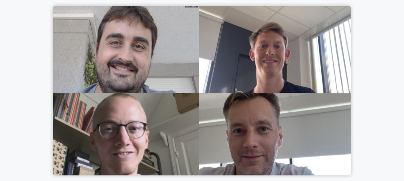 Det nye partnerskab blev indgået via videolink på grund af COVID-19. Jordi Nebot, CEO, PaynoPain (øverst til venstre) Claus Christensen, CEO, Clearhaus (nederst til højre) Mark Eskelund, Risk and Support, Clearhaus (øverst til højre) Anders Holmgaard, Communications Lead, Clearhaus (nederst til venstre).